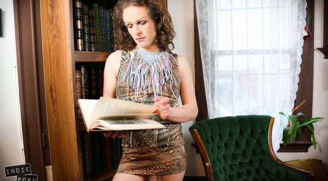 Penelope Foxx's Library Vignette
